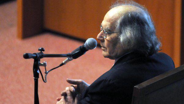 Desvalijaron la casa de Pérez Esquivel: se llevaron hasta el inodoro