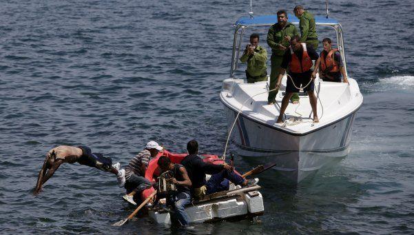 Obama canceló la residencia permanente a los balseros cubanos