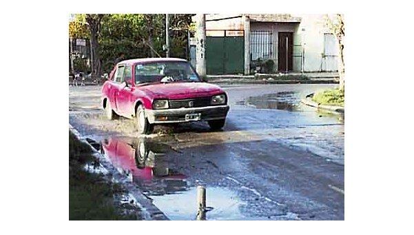 Queja por desbordede aguas servidasen La Florida