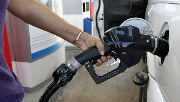 Oficial: aumentan los combustibles un 8%