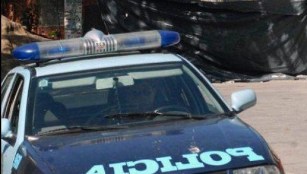 Familiares llevan a protesta ataúd de chica violada y asesinada en Villa Lugano