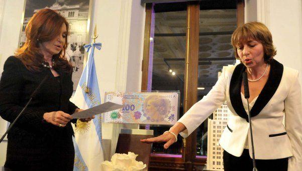 CFK, Gils Carbó