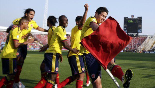 Pekerman lo hizo: Colombia volteó a Chile en Santiago