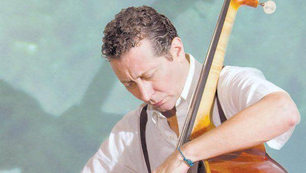 Sergio Rivas, homenaje al contrabajo en el tango