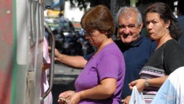 Tarifa de transporte: denuncia de jubilados
