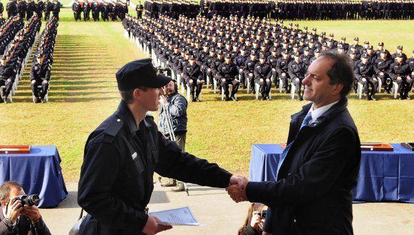 Aumento salarial a la policía bonaerense