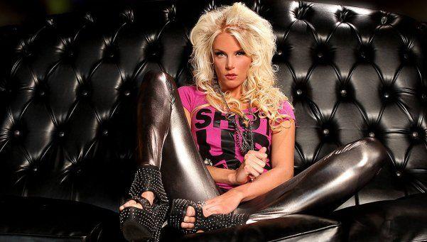 La sueca de Tinelli, entre el éxito y el video hot