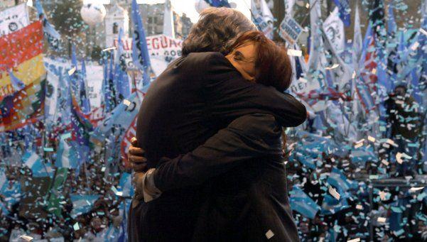 Telefe pasará la película de Caetano sobre Kirchner