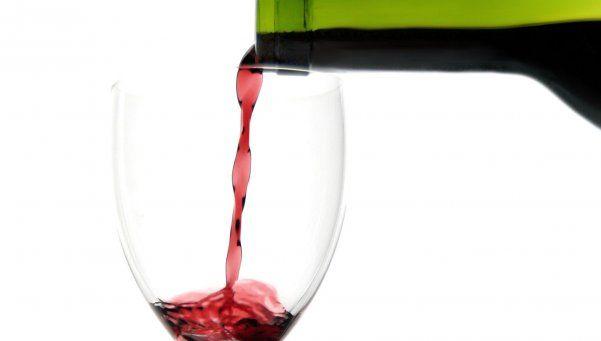 ¿Qué le hace el alcohol en exceso al cerebro?