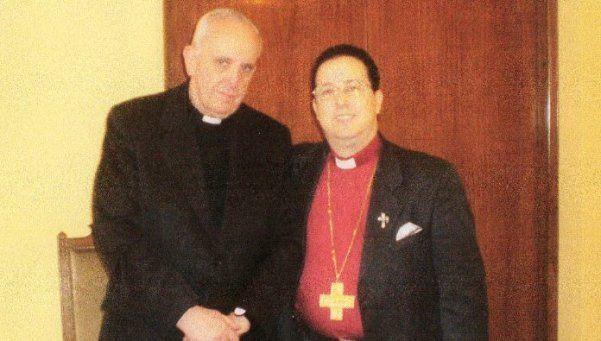 La historia del exorcista favorito del Papa Francisco
