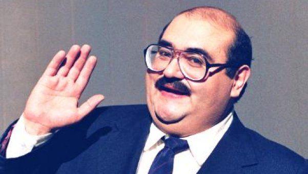 El Señor Barriga se despidió del Profesor Jirafales