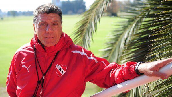 Brindisi pidió ¡4 delanteros! para el Rojo