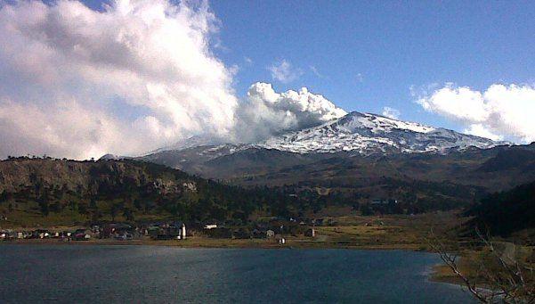 Volcán Copahue: cuatro sismos y hay alerta amarilla