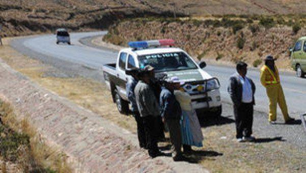 Bolivia: 10 muertos tras explosión de camión cisterna