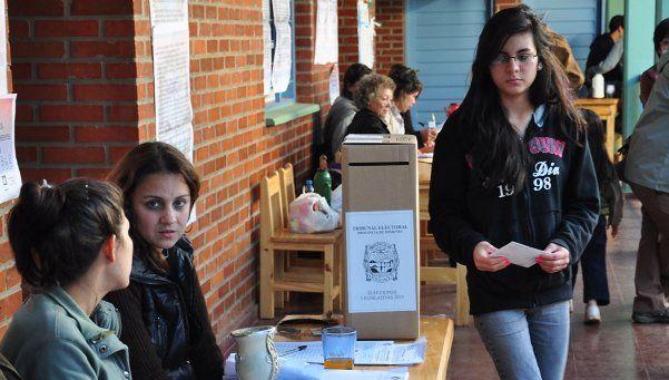 Misiones: Passalacqua se impuso con claridad ante 10 candidatos