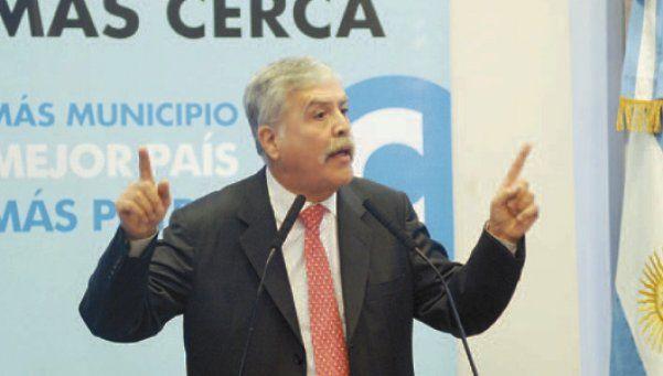 El gobierno culpa a la Ciudad y Telmex por el apagón