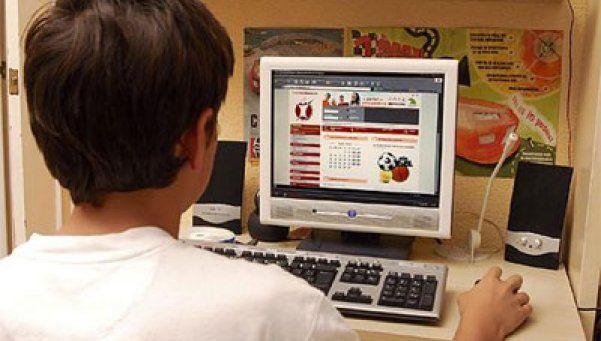 Ciberacoso: detectan a un pedófilo que asediaba a 90 adolescentes