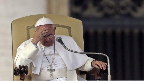 Por un estado febril, el Papa Francisco suspendió su agenda