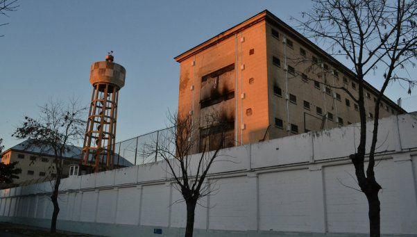 Protesta y motín en la cárcel de Devoto
