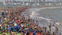 Fantástico día de playa en La Feliz, con el mar como amo y señor
