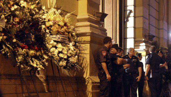 Velan los restos de los bomberos de la tragedia de Barracas