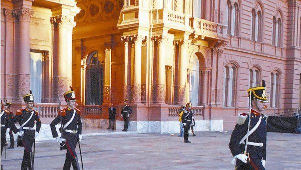 Denuncian 600 despidos sin previo aviso en Casa Rosada y Cultura