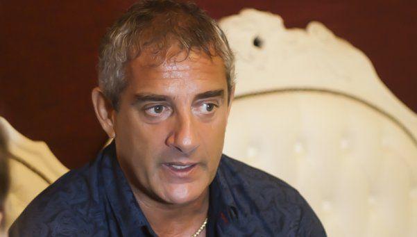 """Omar Suárez trató de """"bobos"""" a los Maradona"""