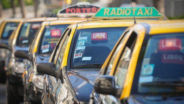 Lla bajada de bandera en taxis ahora cuesta $ 20