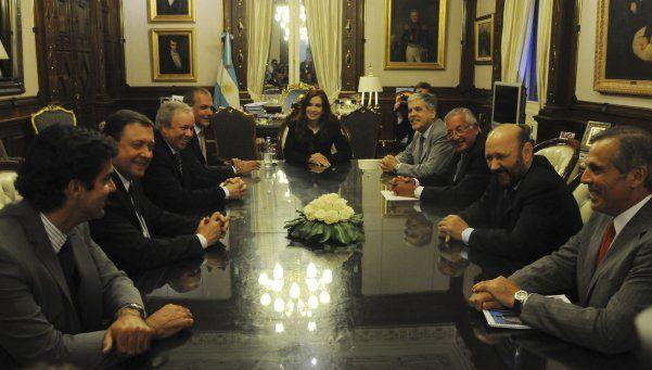 Cristina recibirá a gobernadores en la Rosada para despedirse