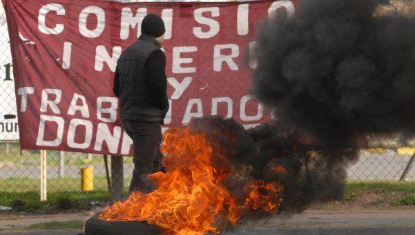 Quieren prohibir por ley la quema de neumáticos en Provincia