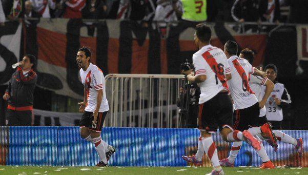 River trituró a Independiente y es más líder que nunca