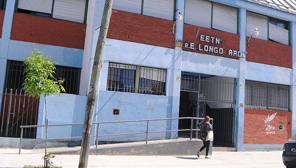 Condenado por violar a una adolescente en un colegio