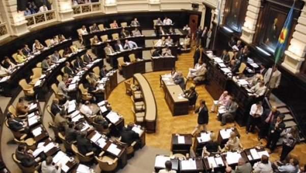 Provincia: proponen equiparar el cupo femenino