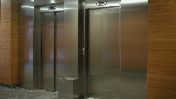 Murió un nene de 11 años tras caer por el hueco de un ascensor