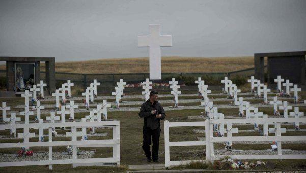 Malvinas: entre julio y agosto identificarán a los soldados caídos