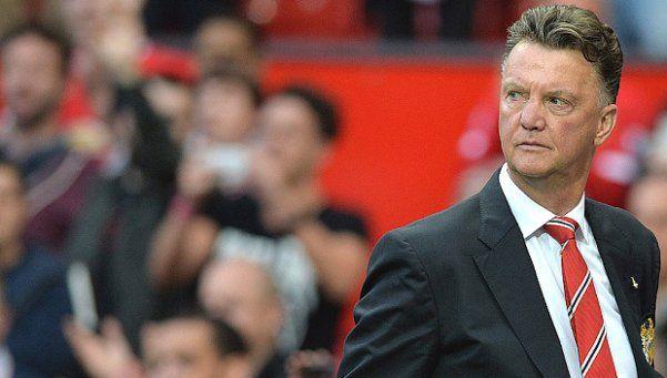 Manchester United se cansó de Louis van Gaal y lo despedirá