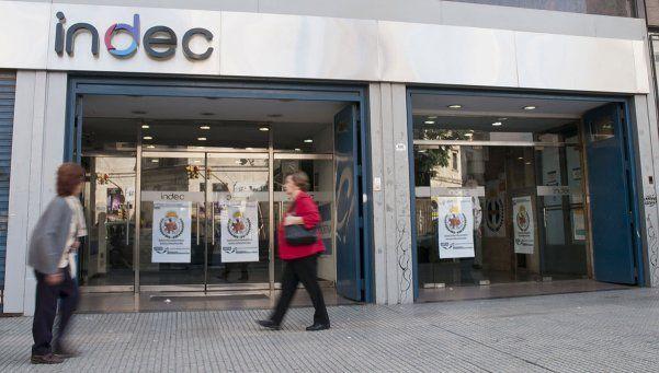 Tras seis meses, el Indec vuelve a informar