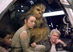 """""""Star Wars"""" superó los U$s 2.000 millones y va por """"Titanic"""""""