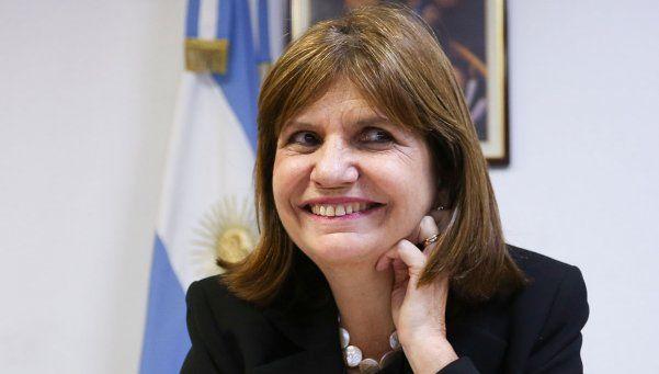 Bullrich: Me parece bien que Cristina haya convocado a Macri