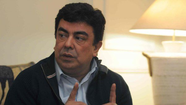 Espinoza: Massa defiende los intereses de los oligarcas
