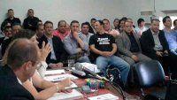 Condenan a 17 policías por instigar saqueos fatales