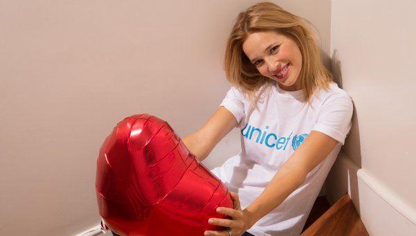 El regalo de Luisana Lopilato a su seguidor cinco millones en Twitter