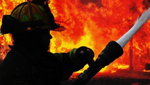 Neuquén: incendio fuera de control devora 300 hectáreas
