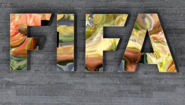 FIFA pidió explicaciones sobre la suspensión de las elecciones en AFA