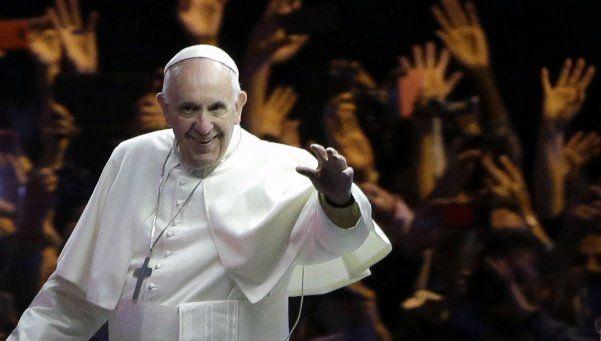 Rezo pa que se pinche el globo: la frase picante del Papa