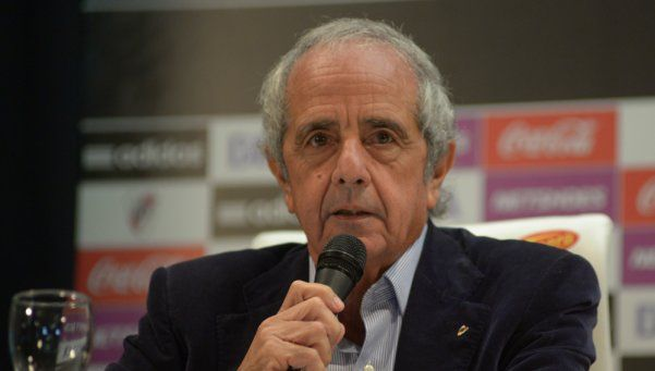 DOnofrio calificó de admirable que Tevez haya vuelto a Boca