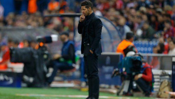 El Atlético del Cholo derrotó a Valencia y sigue en la lucha