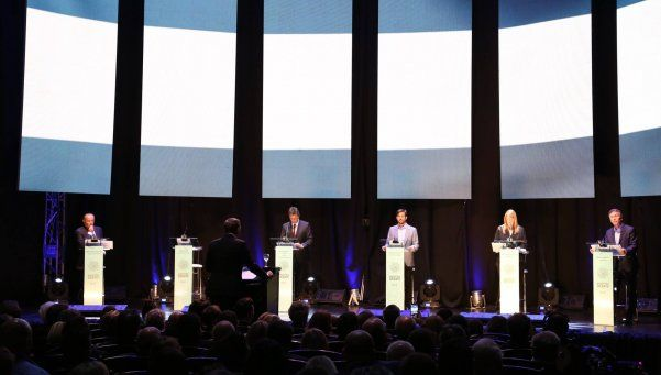 Ya son ley los debates obligatorios entre candidatos presidenciales