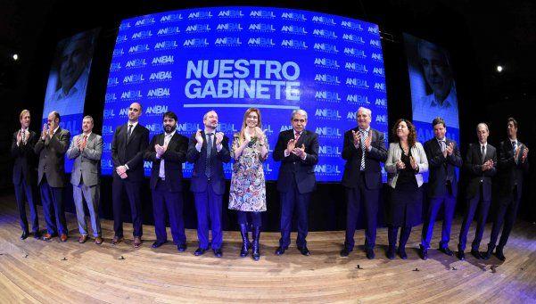 Aníbal presentó su eventual gabinete para la industria