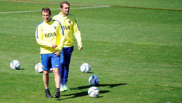 Hagan lugar: Tevez y Lodeiro no hicieron fútbol pero jugarán